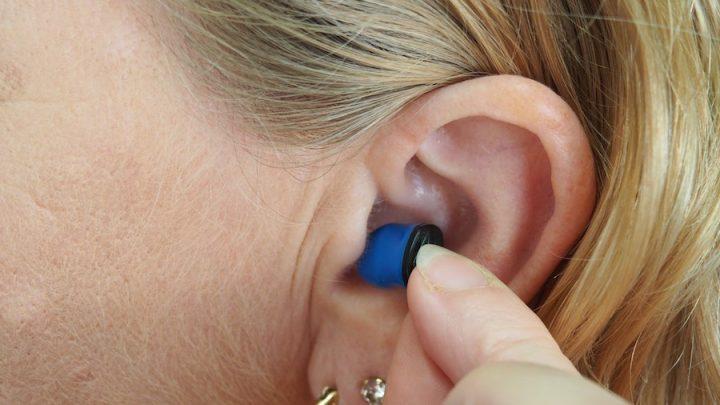woman using alpine hear protection