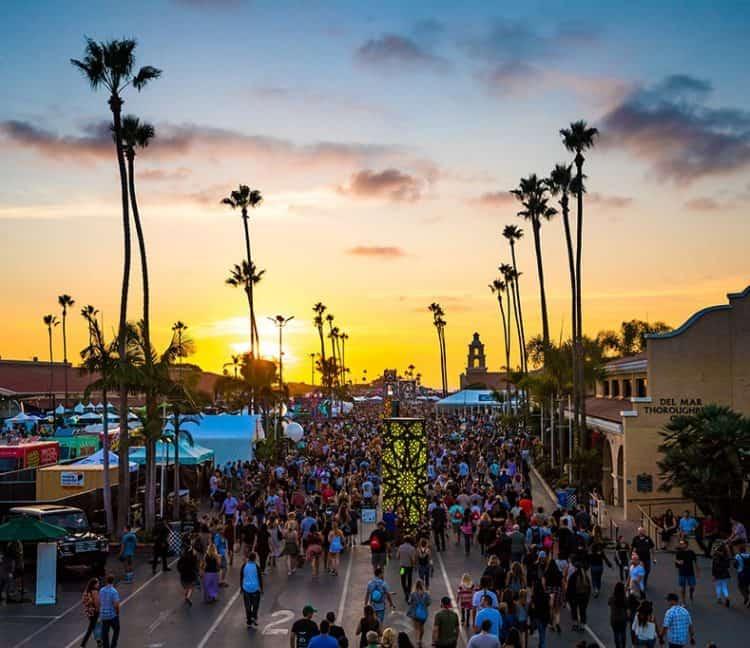 Stay Fresh: Music Festival Grooming Packing List