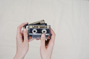 16 Best 90s Love Songs