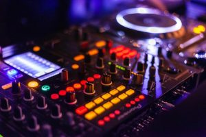 5 Best Mastering Plugins To Level Up Your Tunes