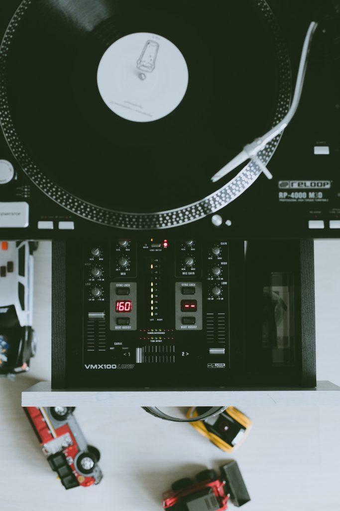 needle record