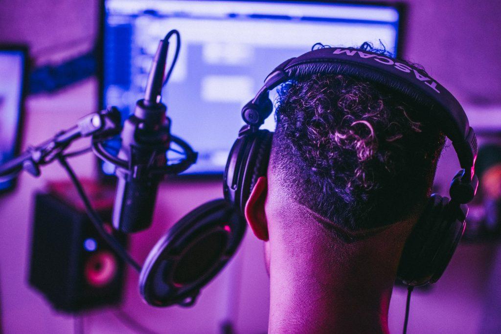 sound splitter headphones
